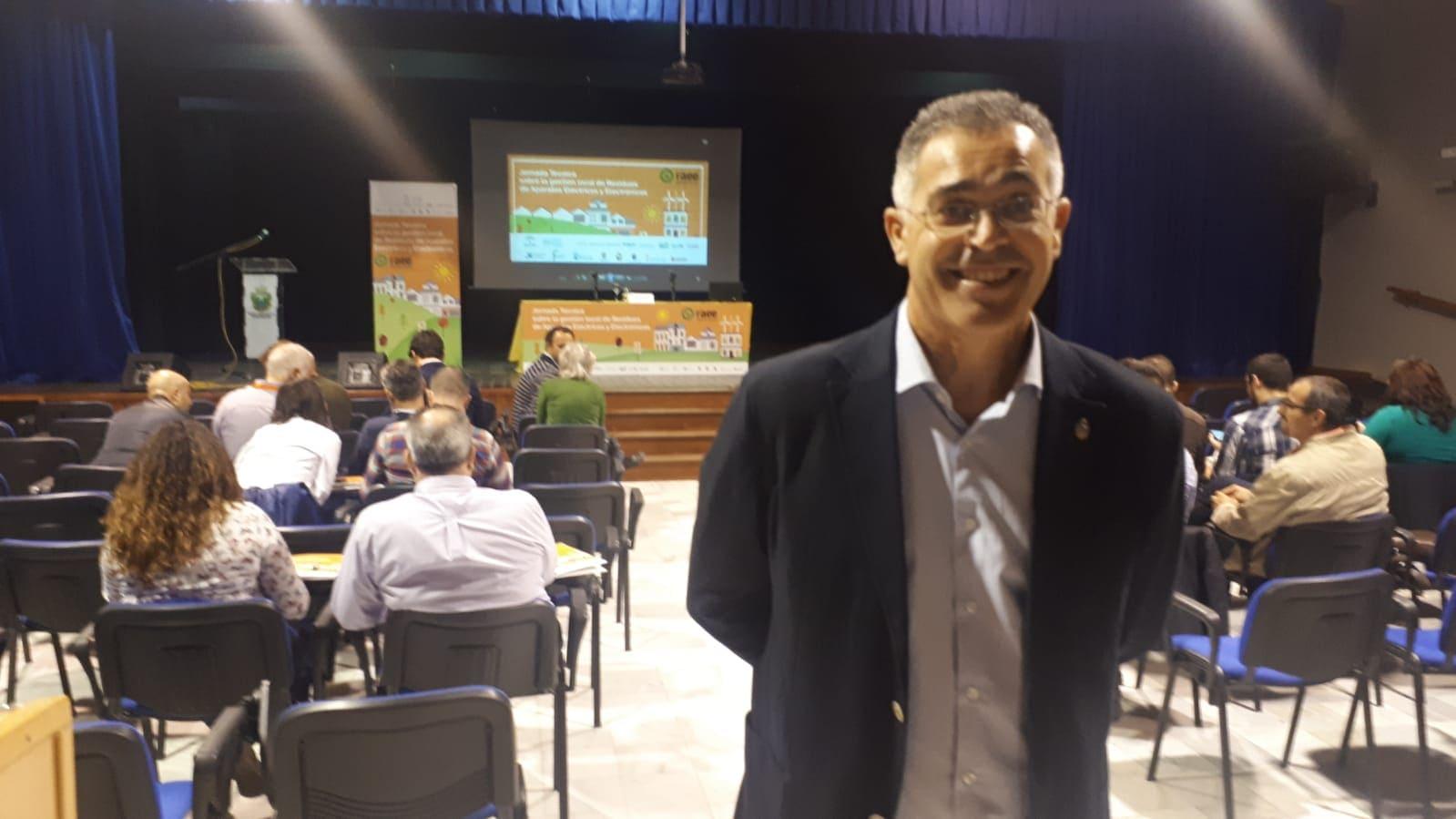 Antonio Martínez, alcalde Olula del Río, en Jornadas Técnicas RAEE