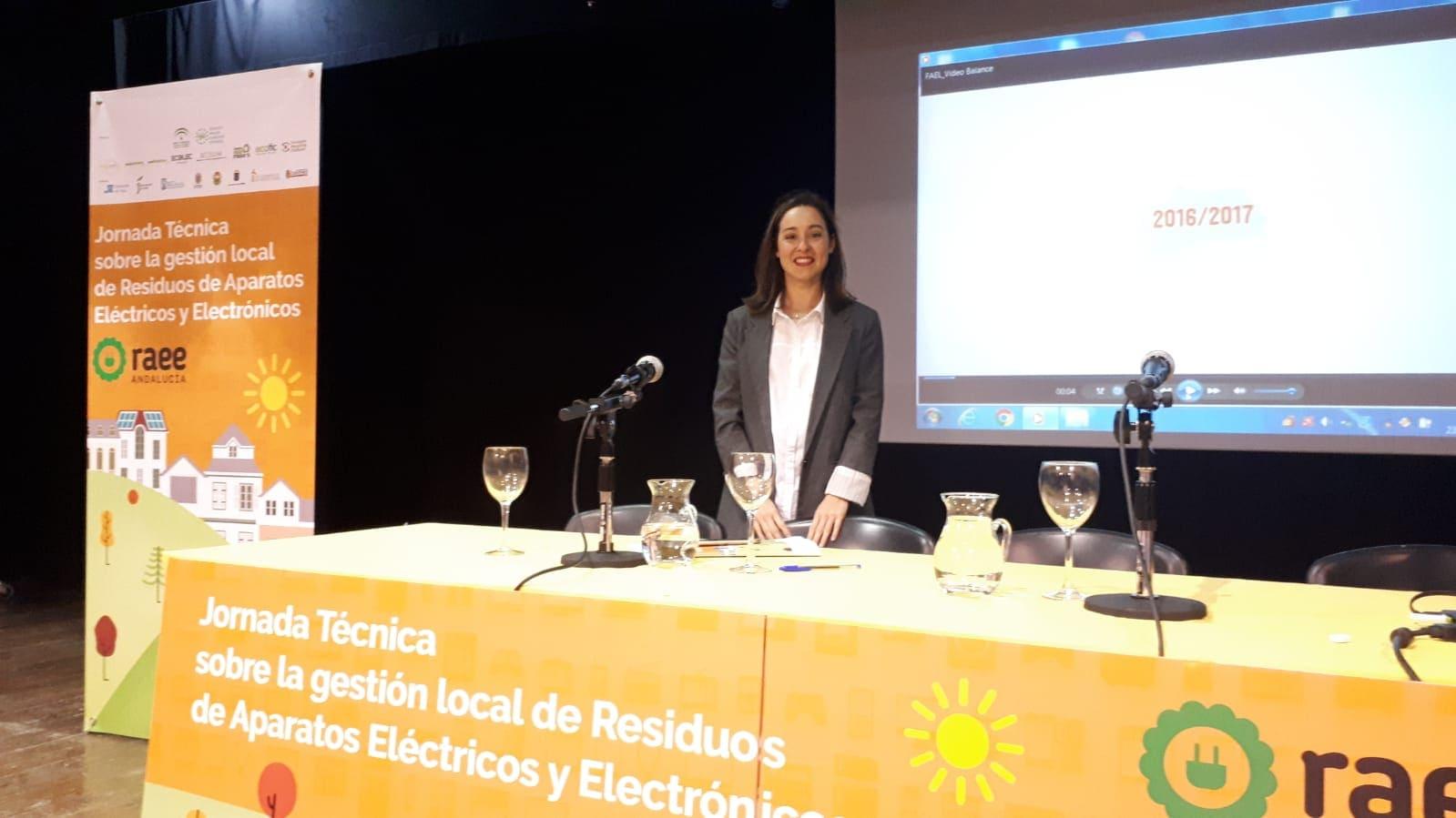 Pilar Balsera en Jornadas Técnicas RAEE Olula del Río (Almería)