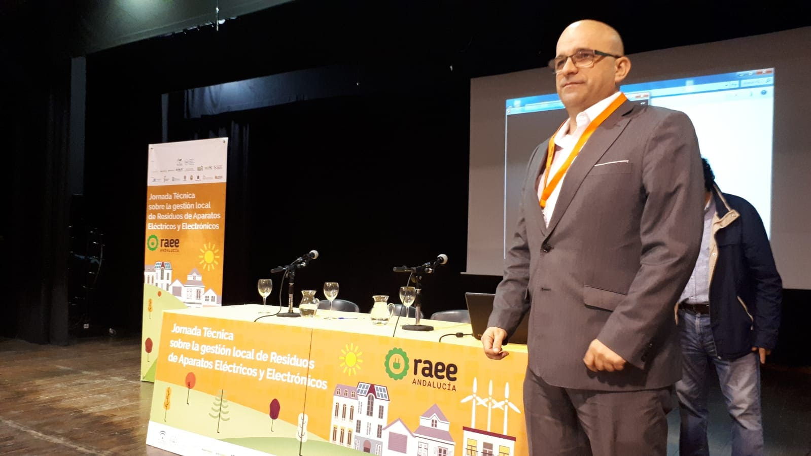 Carlos Bejarano en Jornadas Técnicas RAEE Olula del Río (Almería)