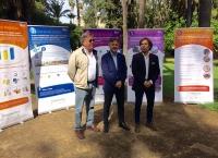 De izquierda a derecha, Leandro Sequeiros del Servicios de Residuos y Calidad del Suelo, José Fiscal, consejero de Medio Ambiente y Fernando Martínez Vidal, director general de Calidad y Prevención Ambiental.